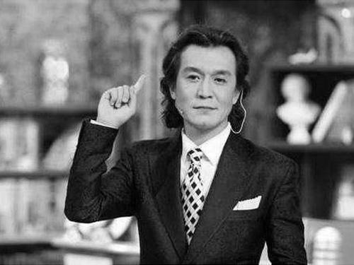 央视主持人李咏因癌治疗无效去世